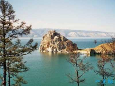 贝加尔湖深度1637米 世界湖泊深度排名