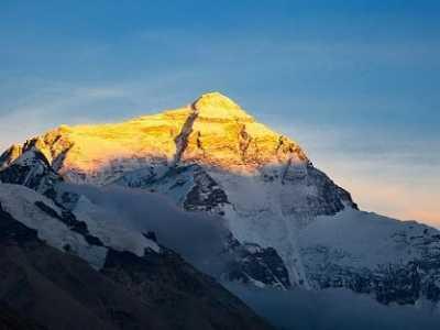 山外有山 世界上最高的山峰