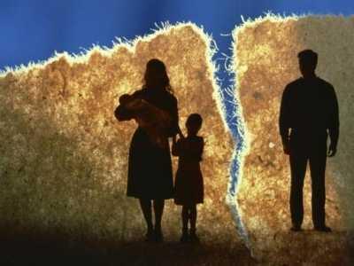刚离婚就发现怀二胎了 怀着二胎离婚二胎归谁